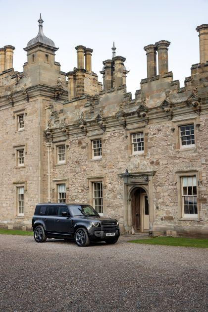 2022 Land Rover Defender 110 V8 2