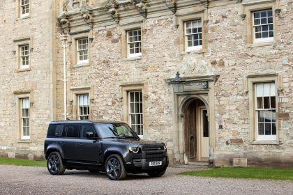 2022 Land Rover Defender 110 V8 4