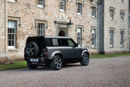 2022 Land Rover Defender 110 V8 5