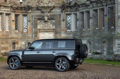 2022 Land Rover Defender 110 V8 8