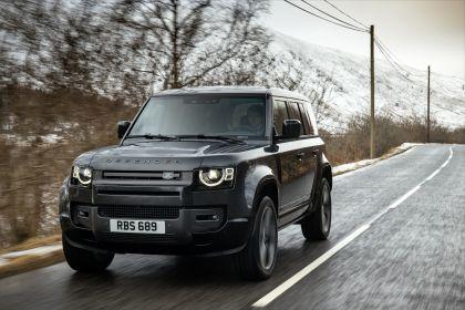2022 Land Rover Defender 110 V8 11
