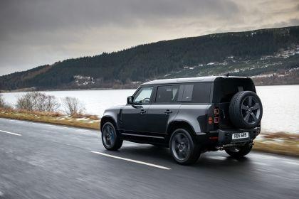 2022 Land Rover Defender 110 V8 13
