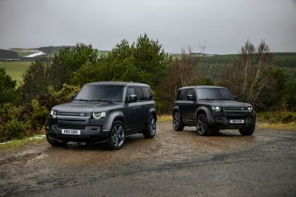 2022 Land Rover Defender 110 V8 15