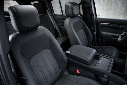2022 Land Rover Defender 110 V8 25