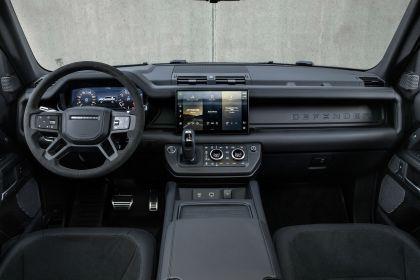 2022 Land Rover Defender 110 V8 29