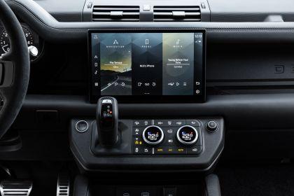 2022 Land Rover Defender 110 V8 34