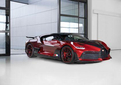 2020 Bugatti Divo Lady Bug 11