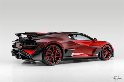 2020 Bugatti Divo Lady Bug 16