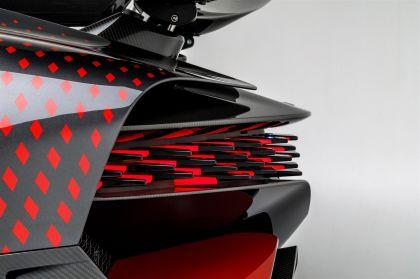 2020 Bugatti Divo Lady Bug 34