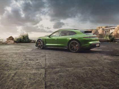2022 Porsche Taycan Turbo S Cross Turismo 22