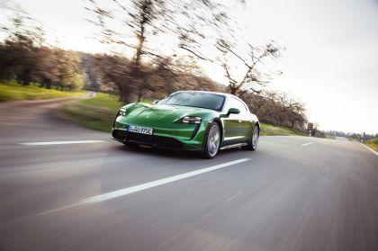 2022 Porsche Taycan Turbo S Cross Turismo 28