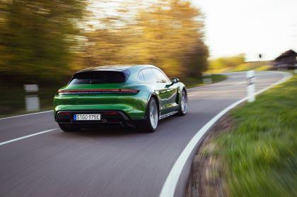 2022 Porsche Taycan Turbo S Cross Turismo 33