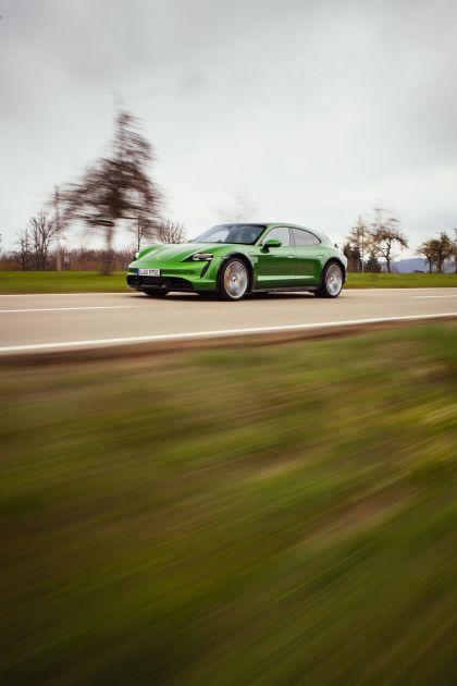 2022 Porsche Taycan Turbo S Cross Turismo 42