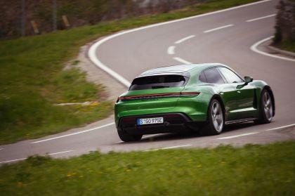 2022 Porsche Taycan Turbo S Cross Turismo 44