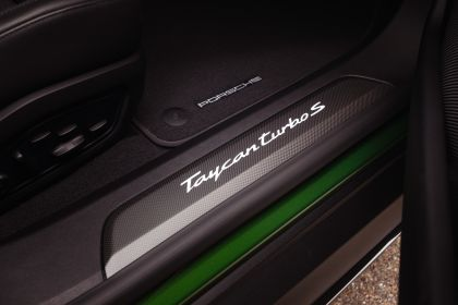 2022 Porsche Taycan Turbo S Cross Turismo 59