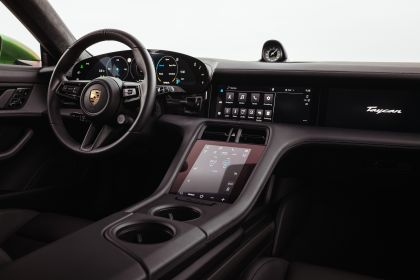 2022 Porsche Taycan Turbo S Cross Turismo 60
