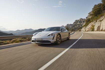 2022 Porsche Taycan 4S Cross Turismo 1