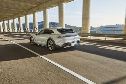 2022 Porsche Taycan 4S Cross Turismo 6