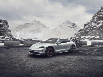 2022 Porsche Taycan 4S Cross Turismo 22