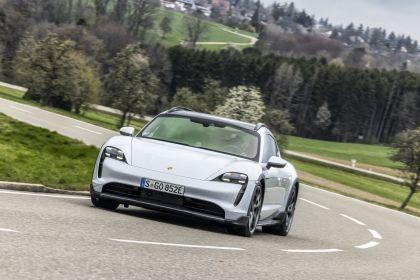 2022 Porsche Taycan 4S Cross Turismo 31