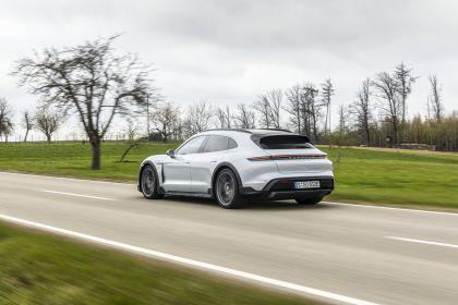 2022 Porsche Taycan 4S Cross Turismo 36