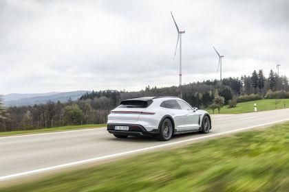 2022 Porsche Taycan 4S Cross Turismo 37