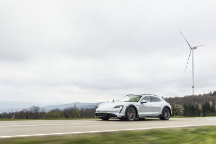 2022 Porsche Taycan 4S Cross Turismo 43