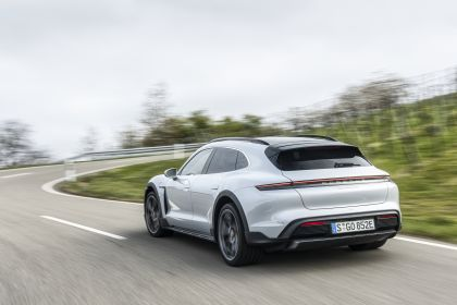 2022 Porsche Taycan 4S Cross Turismo 45