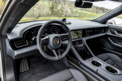2022 Porsche Taycan 4S Cross Turismo 65