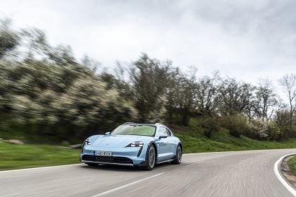 2022 Porsche Taycan 4S Cross Turismo 70