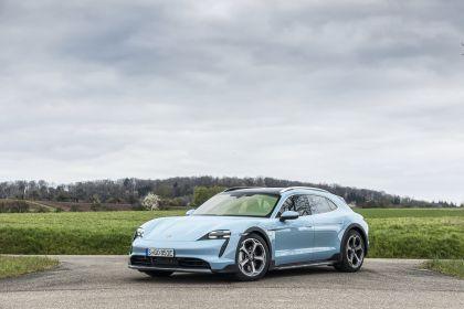 2022 Porsche Taycan 4S Cross Turismo 81