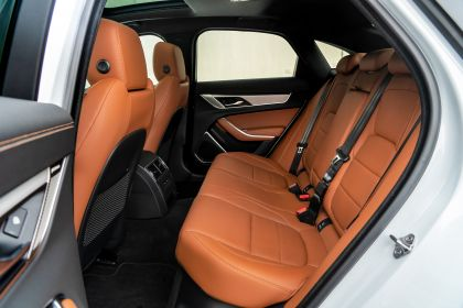 2021 Jaguar XF P300 R-Dynamic SE - Free high resolution car images