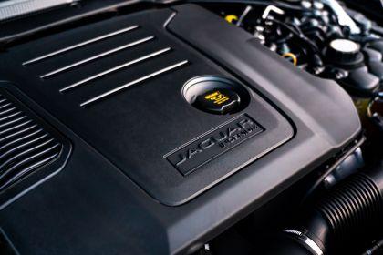 2021 Jaguar XF Sportbrake D200 MHEV SE 32