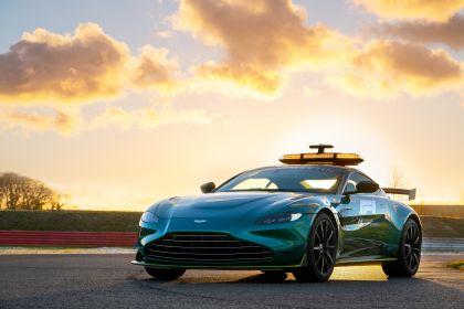 2021 Aston Martin Vantage F1 Safety Car 1