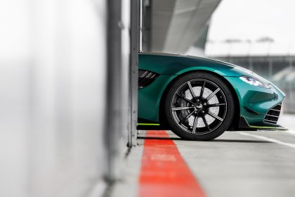 2021 Aston Martin Vantage F1 Safety Car 15