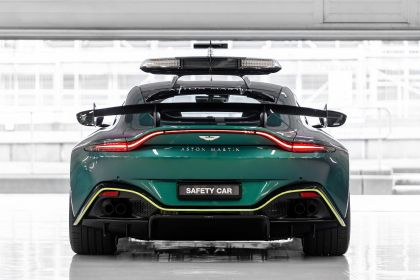 2021 Aston Martin Vantage F1 Safety Car 18