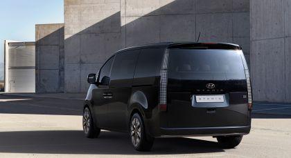 2021 Hyundai Staria concept 2