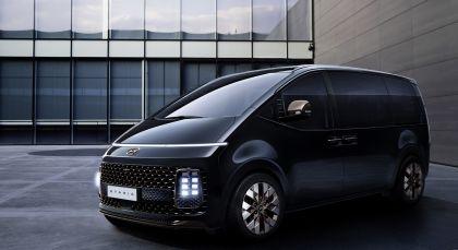 2021 Hyundai Staria concept 3