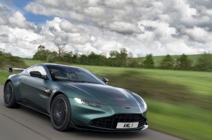 2021 Aston Martin Vantage F1 Edition 12