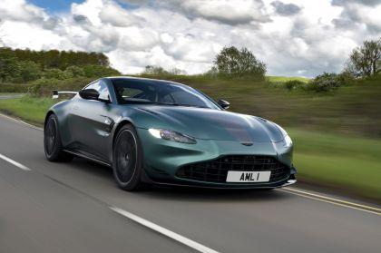 2021 Aston Martin Vantage F1 Edition 14