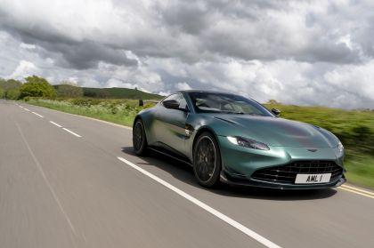 2021 Aston Martin Vantage F1 Edition 32