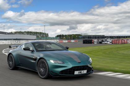 2021 Aston Martin Vantage F1 Edition 70