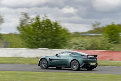 2021 Aston Martin Vantage F1 Edition 81