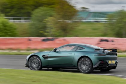 2021 Aston Martin Vantage F1 Edition 83