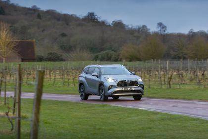 2021 Toyota Highlander hybrid - UK version 6