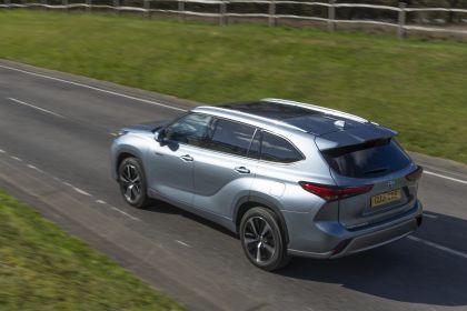 2021 Toyota Highlander hybrid - UK version 14