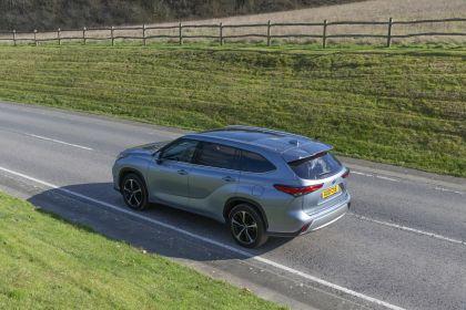 2021 Toyota Highlander hybrid - UK version 30