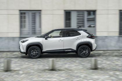 2021 Toyota Yaris Cross Adventure 26