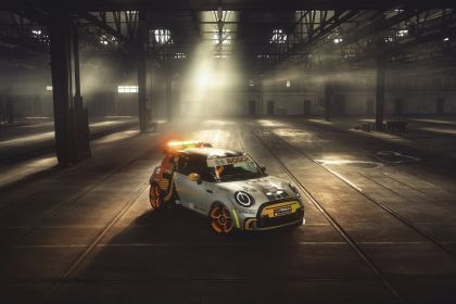 2021 Mini Electric Pacesetter 1