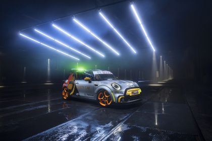 2021 Mini Electric Pacesetter 2